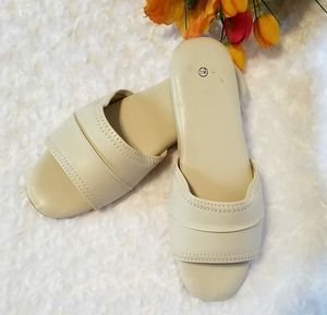 Sleepers Shoes (D)